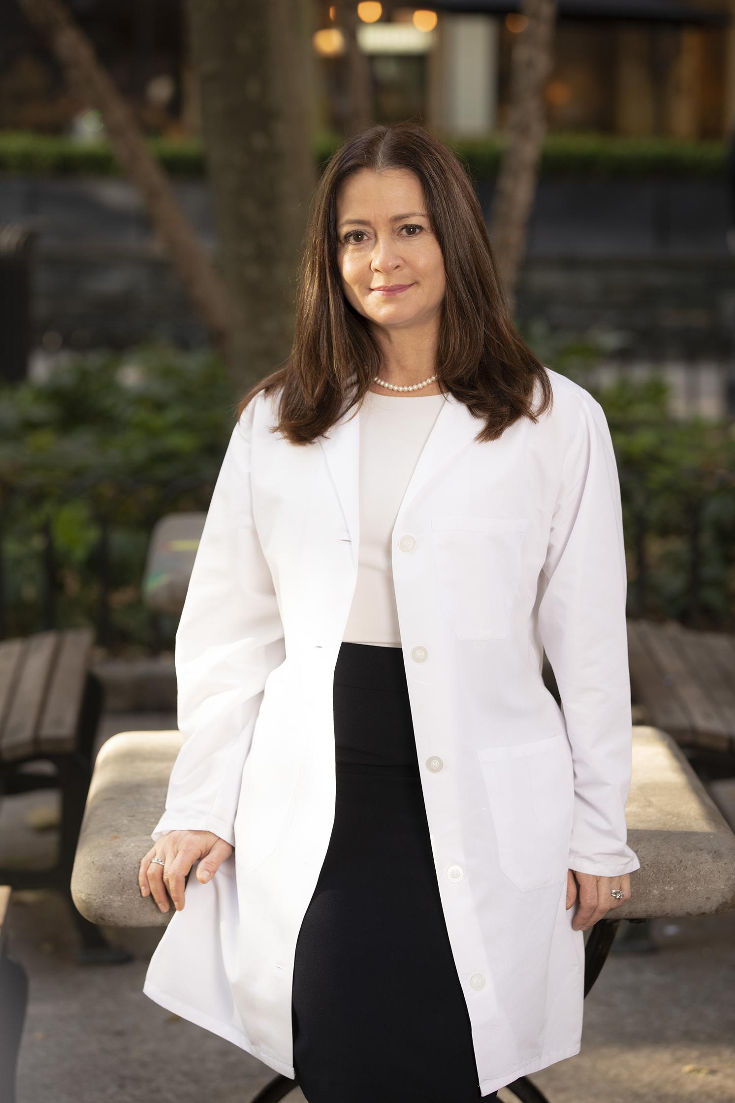 Dr. Claudia Rios-Datta